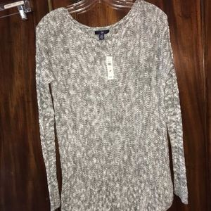 NWT gap thermal sweater
